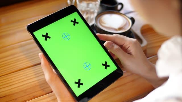 stockvideo's en b-roll-footage met digitale tablet, chromakey - tablet pc