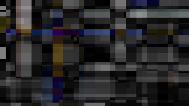 digital video malfunction (loop). - kommunikationsproblem bildbanksvideor och videomaterial från bakom kulisserna