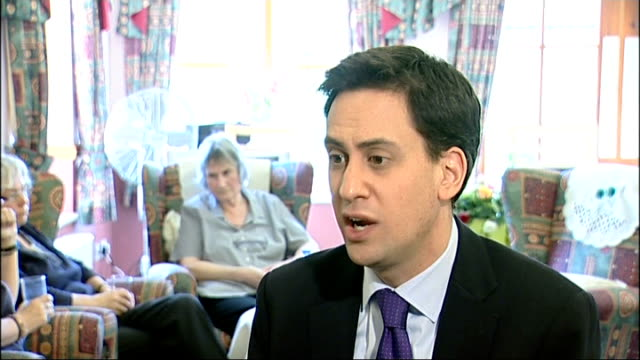 health secretary says government would struggle to pay miliband interview england yorkshire doncaster int ed miliband mp interview sot all... - 不公平点の映像素材/bロール