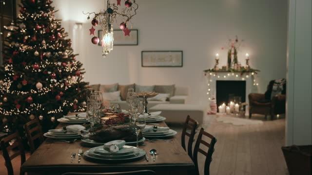 Salle à manger pour le réveillon de Noël