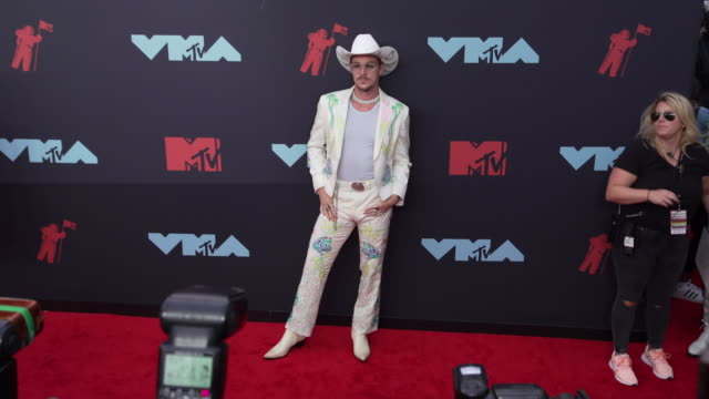 diplo at 2019 mtv video music awards at prudential center on august 26 2019 in newark new jersey - mtv1 video stock e b–roll
