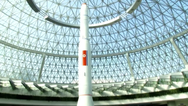 diplomats and officials from international organizations stationed in the democratic people's republic of korea visited pyongyang's palace of science... - the earth: a film lesson in general science stock videos & royalty-free footage