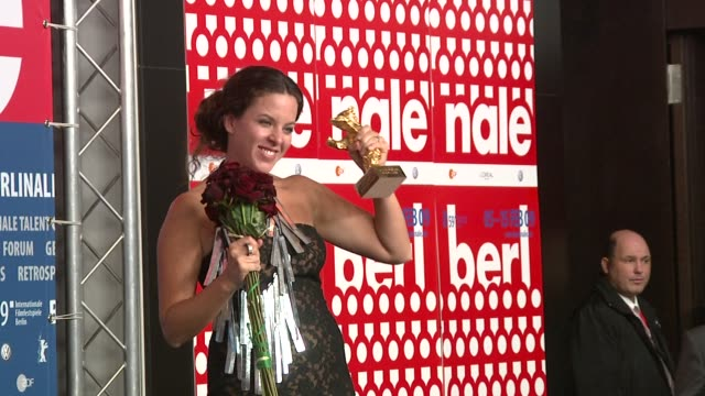 director claudia llosa poses with the golden bear for the best film 'the milk of sorrow' at the 59th berlin film festival: awards press conference at... - film award type stock videos & royalty-free footage