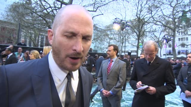 interview director darren aronofsky on the story of noah and his thoughts about floods around the world today at 'noah' uk film premiere at odeon... - darren aronofsky stock videos and b-roll footage
