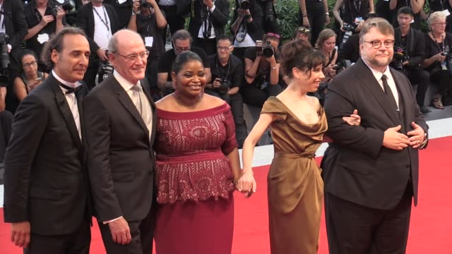 director guillermo del toro richard jenkins octavia spencer sally hawkins alexandre desplat and more on the red carpet for the premiere of the shape... - sally hawkins stock-videos und b-roll-filmmaterial