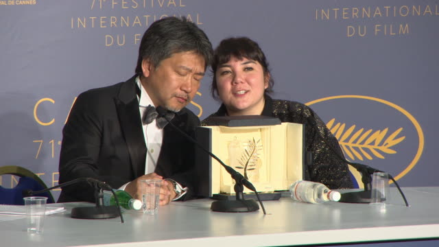 director hirokazu kore-eda winner of the palme d'or award for 'shoplifters' press conference - the 71st annual cannes film festival on may 19, 2018... - 万引き点の映像素材/bロール