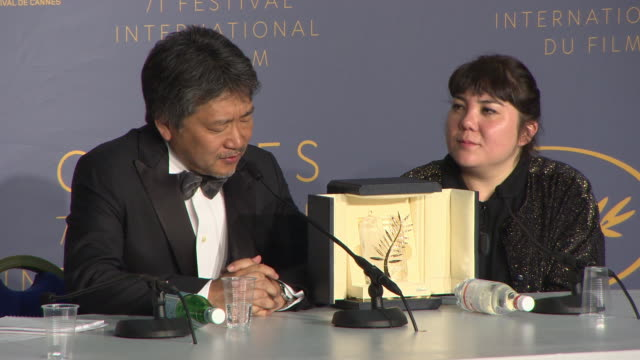 director hirokazu kore-eda winner of the palme d'or award for 'shoplifters' press conference - the 71st annual cannes film festival on may 19, 2018... - ladendieb stock-videos und b-roll-filmmaterial