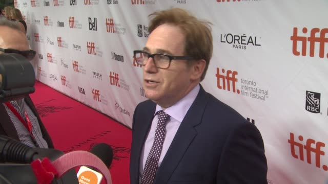 "vídeos de stock, filmes e b-roll de director mike binder - ""black and white"" premiere - 2014 toronto international film festival at roy thomson hall on september 06, 2014 in toronto,... - festival de cinema de toronto"