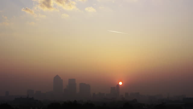 dirty air - smog stock videos & royalty-free footage