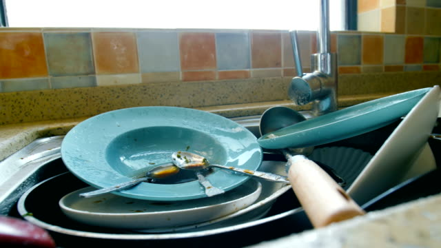 dirty dishes waiting wash - hygiene stock videos & royalty-free footage
