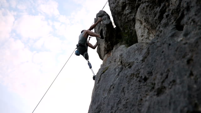 disability man free climbing - amputee stock videos & royalty-free footage