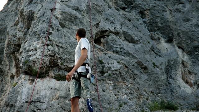 障害者男登山の準備