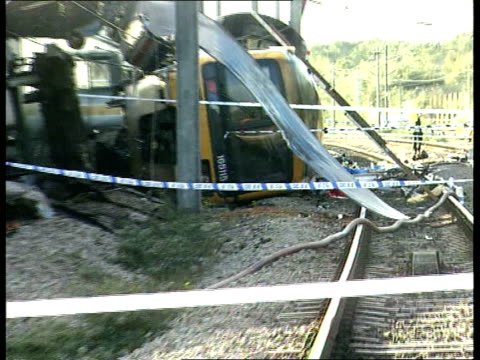 railways west london train crash background itn ladbroke grove wreckage of trains pull wreckage - train crash stock videos and b-roll footage