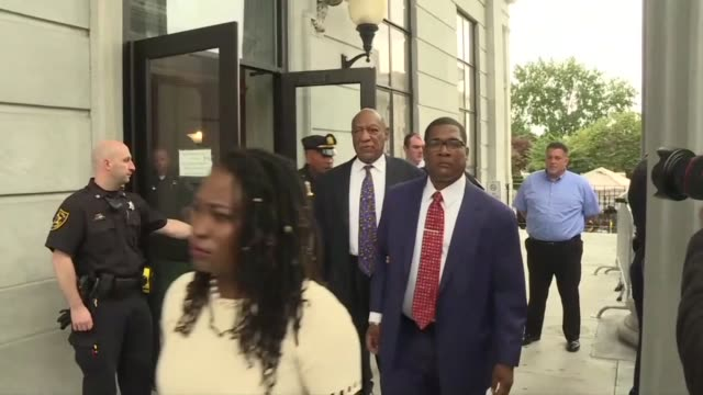 stockvideo's en b-roll-footage met disgraced us television icon bill cosby leaves montgomery county courthouse after the first day of the sentencing five months after his conviction... - sentencing