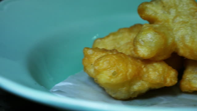 Dish of Deep-fried doughstick