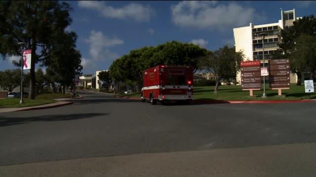 vídeos y material grabado en eventos de stock de dispatchers at san diego county emergency communic on september 26, 2013 in san diego, california - técnico telefónico