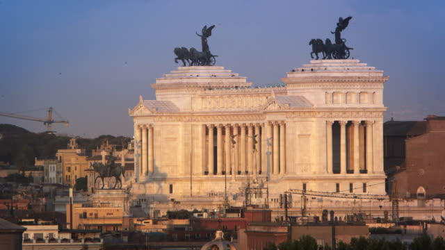 distance footage of victor emmanuel ii monument - altare della patria stock videos and b-roll footage