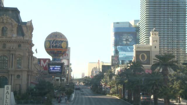 distressed, depressed strip, along with hooters, caesar's; bally's, bellagio las vegas strip at the strip on january 21, 2013 in las vegas, nv - bally's las vegas stock videos & royalty-free footage
