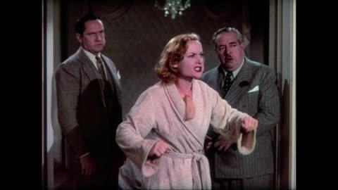 vídeos y material grabado en eventos de stock de 1937 distressed woman (carole lombard) loses temper and admits her fakery to waiting mourners and the city mayor - culpabilidad