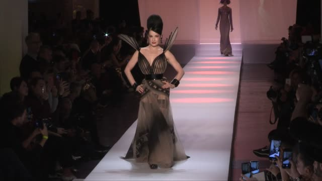 dita von teese anna cleveland cindy bruna coco rocha jean paul gaultier and more on the runway for the jean paul gaultier haute couture fall winter... - dita von teese stock videos & royalty-free footage