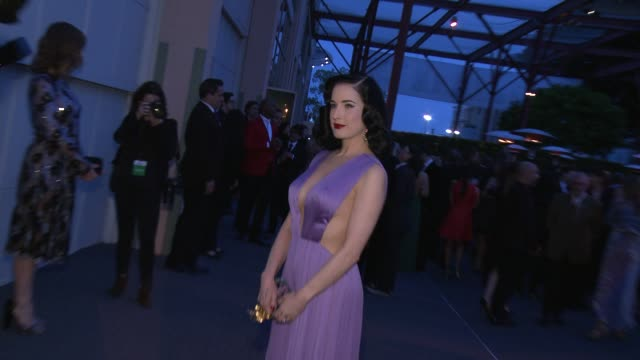 dita von teese at moca's 35th anniversary gala presented by louis vuitton at the geffen contemporary at moca at the geffen contemporary at moca on... - dita von teese stock videos & royalty-free footage