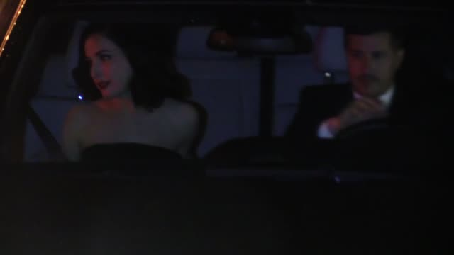 vídeos de stock, filmes e b-roll de dita von teese departing chateau marmont in west hollywood in celebrity sightings in los angeles - dita von teese