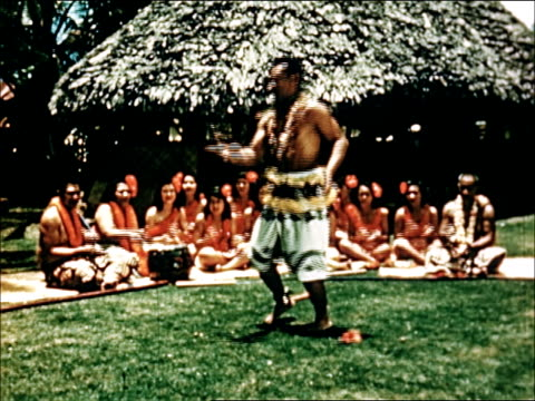 vidéos et rushes de 1950 diverse traditions of hawaii - culture indigène