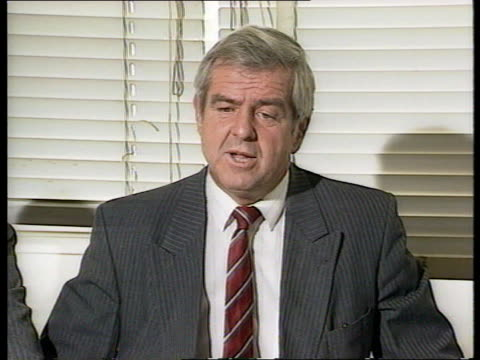 Dixon couple murder investigation ITN Dyfed Det Chief Supt Clive Jones pkf SOF MS Press CMS Piece of cord displayed on card held same type used to...