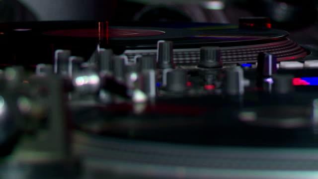 vidéos et rushes de dj zéro concernant la télécommande - matériel hi fi