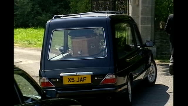 pathologist describes injuries publicly for the first time lib oxfordshire longworth st mary's church ext hearse along slowly to church for funeral... - pathologist stock videos and b-roll footage