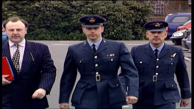 vídeos de stock e filmes b-roll de doctor malcolm kendell smith court martialled over iraq refusal; england: hampshire: aldershot: ext raf doctor flight lieutenant malcolm... - hampshire