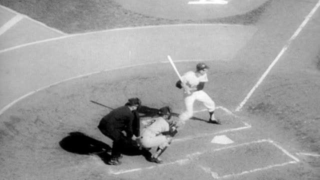 la dodgers versus minnesota twins in world series / stadium packed with thousands of fans / vice president hubert h humphrey throws the first ball... - frivarv bildbanksvideor och videomaterial från bakom kulisserna