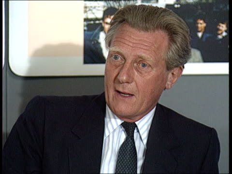 DoE Marsham St CMS Michael Heseltine MP Environment Sec pkf SOF people taking advantage of credit beyond their means cause of repossessions EXT...