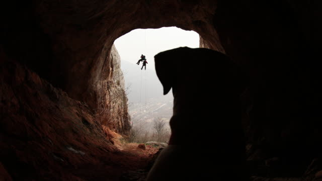 dogs and extreme sports - belaying stock videos & royalty-free footage