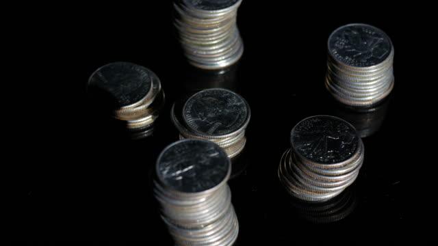 us dollar rotating effect - amerikanska mynt bildbanksvideor och videomaterial från bakom kulisserna