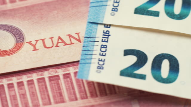 Dolly from Chinese to European currency