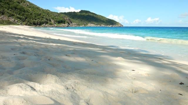 Dolly: Politie Bay, eiland Mahé, Seychellen