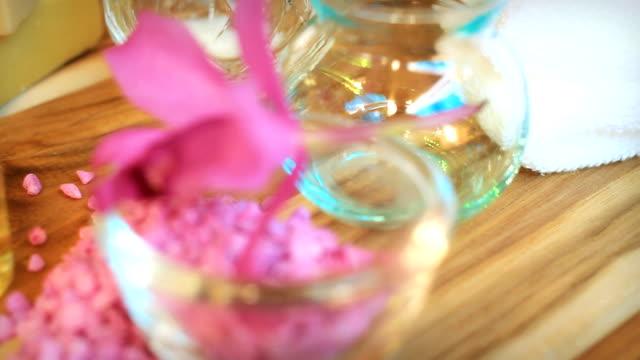 HD dolly:aromatherapy massage oil.