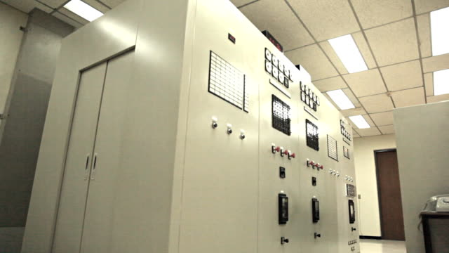 Dolly:Machinery control room