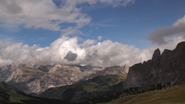dolomites and val gardena - val gardena video stock e b–roll