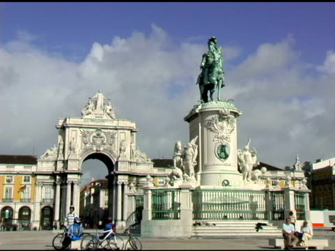 dom jose the first plaza lisbon portugal - male likeness stock videos & royalty-free footage