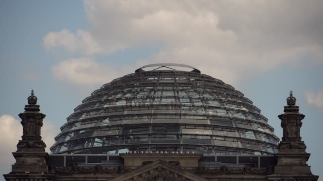 dome of reichstag - cupola video stock e b–roll