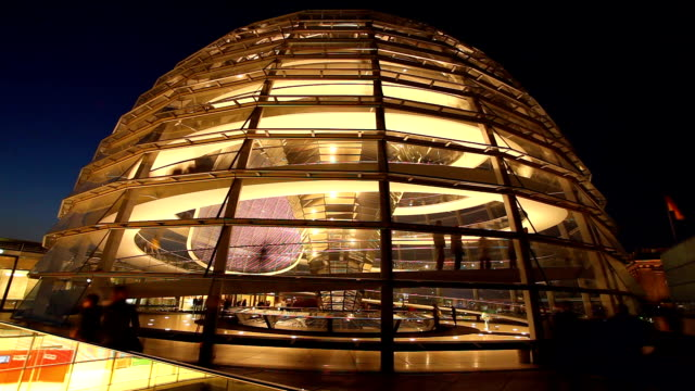 dome reichstag in berlin - the reichstag stock videos & royalty-free footage