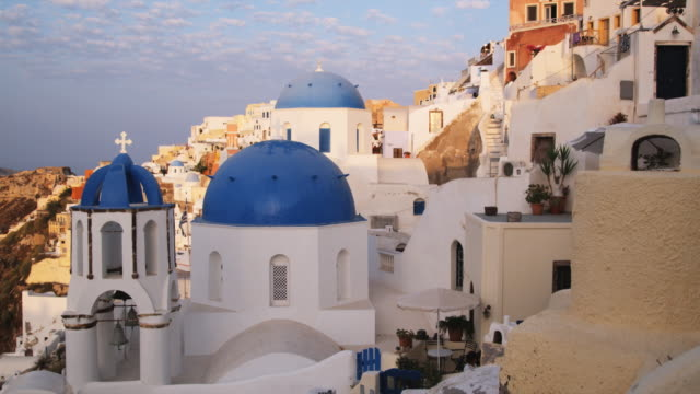 domed rooftops in greece - サントリーニ島点の映像素材/bロール