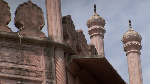 stockvideo's en b-roll-footage met domed towers and reliefs characterize a building in bhopal, india. available in hd. - bhopal