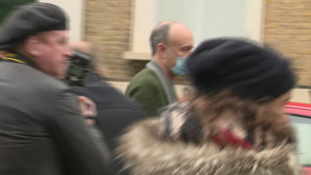 dominic cummings leaving his house the day after he resigned as chief advisor at downing street - getting out stock videos & royalty-free footage