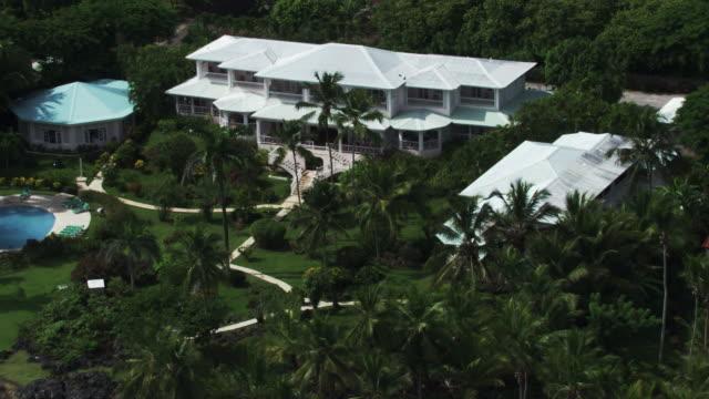 vídeos y material grabado en eventos de stock de dominican republic: hotels by the sea - hispaniola