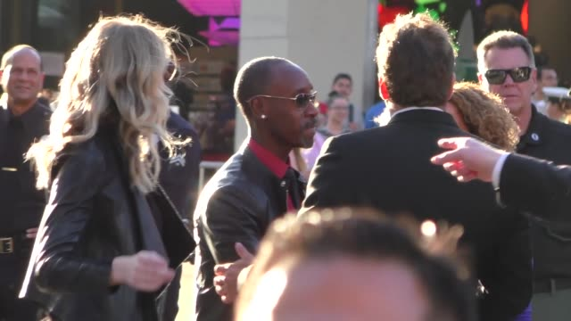 stockvideo's en b-roll-footage met don cheadle arriving to captain america civil war premiere at dolby theatre in in hollywood in celebrity sightings in los angeles - dolby theatre