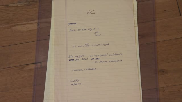 """vidéos et rushes de don henley handwritten eagles' """"hotel california"""" working lyrics at the gotta have rock and roll's the rock & roll pop culture auction don henley... - rock moderne"""