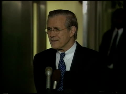 donald rumsfeld speaking to press sarah smith asking question donald rumsfeld press conference sot i'd be delighted to take credit for it but it... - channel 4 news stock videos and b-roll footage